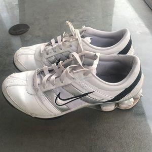 Nike sneakers - 9.5